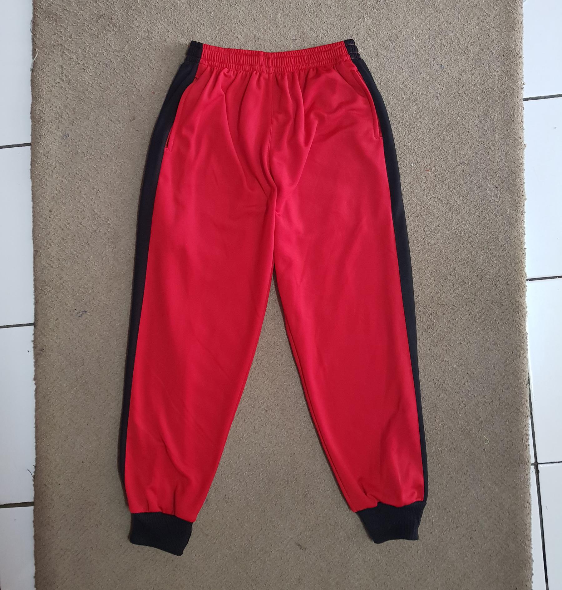 Seragam Training Serumpun, Kaos dan Celana